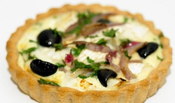 Goats Cheese, Red Onion & Olive Tartlets | Suppers | Pinterest