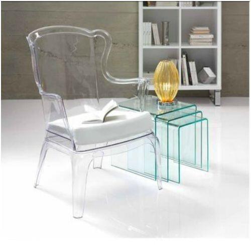 Sillón y mesas diseño transparente  http://www.decorhaus.es/  #muebles #Málaga #furniture