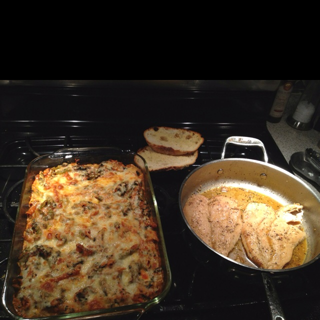 Dinner tonight: Low-fat baked ziti with spinach from skinnytaste.com ...
