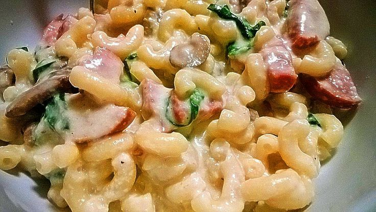 Greek yogurt mac & cheese.... with turkey sausage, spinach and ...