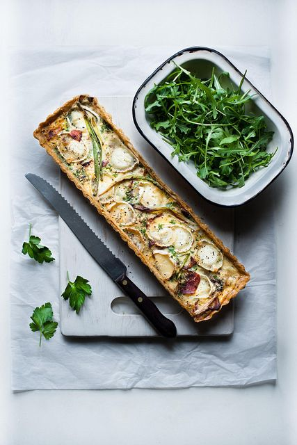 Goat cheese, bacon and caramelized onion tart. Well this looks amazing ...
