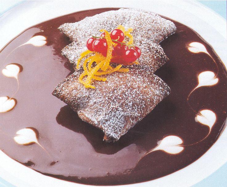 chocolate souffle chocolate whiskey souffle tarts chocolate souffle ...
