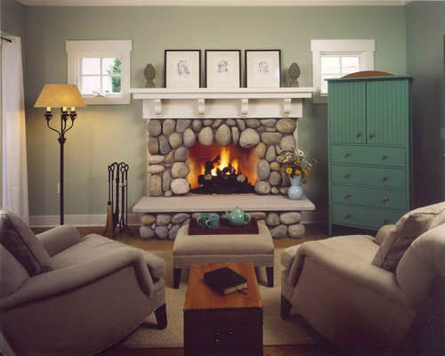 Fieldstone fireplace home decorating ideas my style for Field stone fireplace