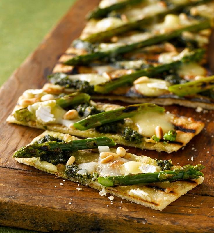 Asparagus, pine nuts, parmesan, pesto. | Food | Pinterest