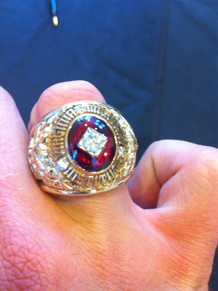 Point Park Class Ring