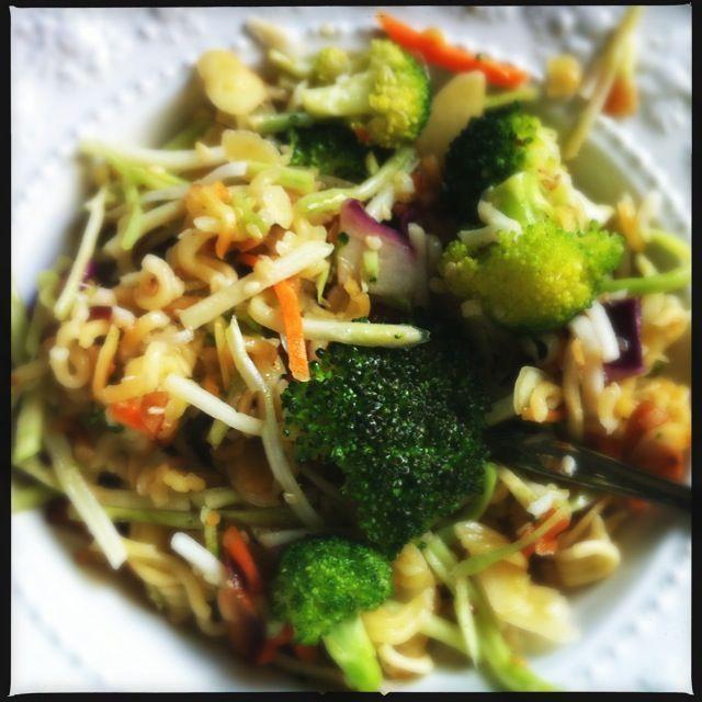 Asian broccoli slaw   New recipes to try   Pinterest