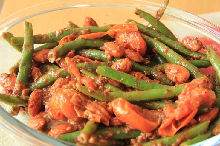 Green Beans, Almonds and Tomatoes with Chilli and Sumac