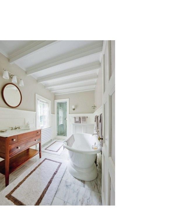 Long Narrow Bathroom Free Standing Soaker Tub Simple