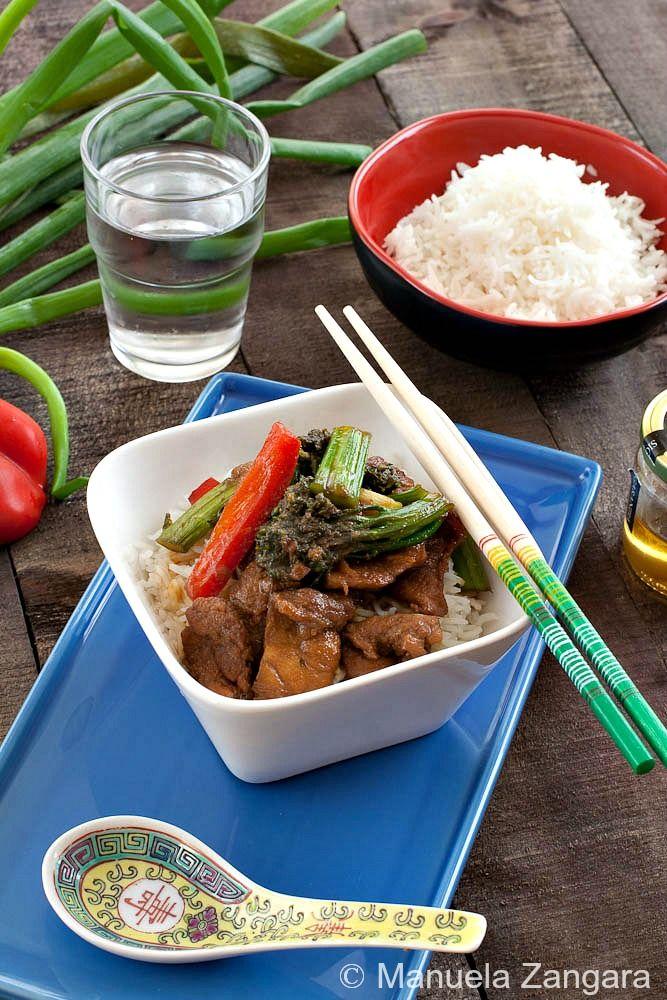 Honey and ginger pork stir fry | Recipe