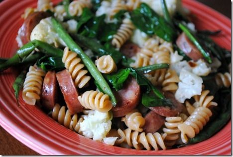 Linguine With Roasted Bell Peppers, Chicken Sausage, Spinach, And Feta ...