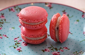 Pin by Stephen Perrigaux on Patisserie & Macarons & Chocolates   Pint...