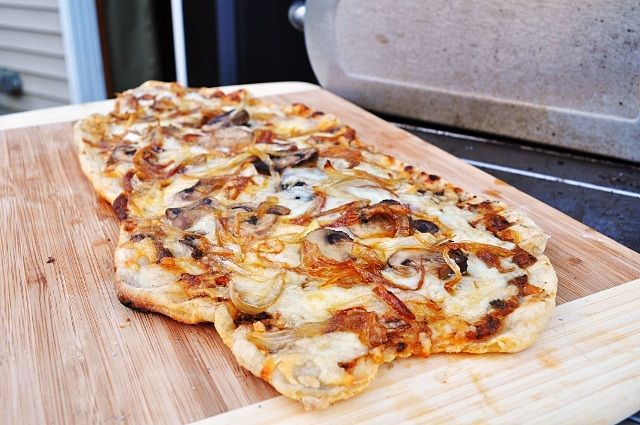 Pizza on the Grill - once you try it, you will never go back to ...
