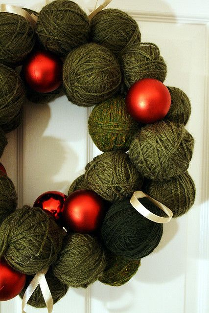 christmas yarn wreath | Wreaths | Pinterest