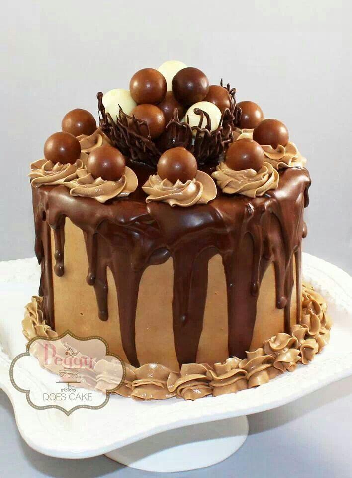 Decorate chocolate cake