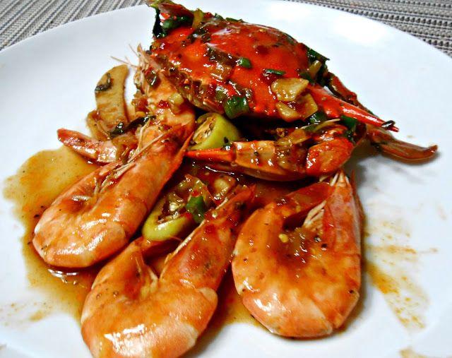 Singapore-Style Chili Crab and Shrimp | HGR | Pinterest