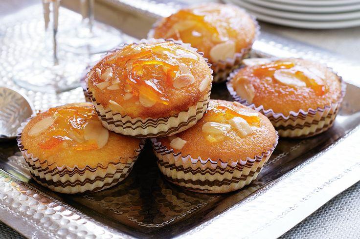 Little Orange And Almond Cakes With Seville Marmalade Glaze Recipe ...
