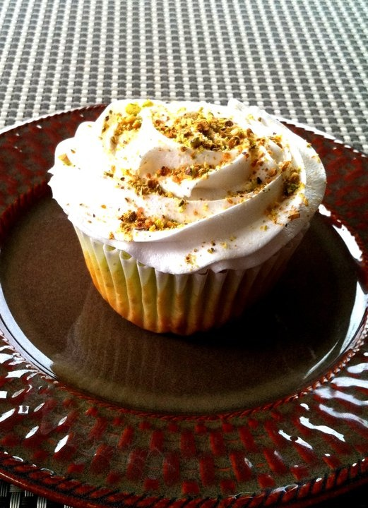 Pistachio – Pistachio cake, frosted with vanilla buttercream icing ...