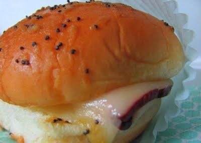Easy PEASY breakfast sliders! | Sandwiches and Sliders | Pinterest
