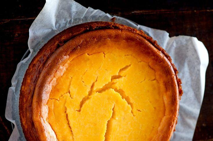 Pumpkin Gingersnap Cheesecake from Food Republic. http://punchfork.com ...