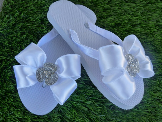 Bridal+Rhinestone+Flip+Flop+by+1YOUniqueboutique+on+Etsy,+$24.99