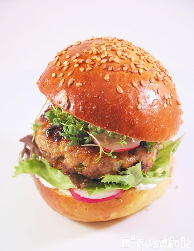 Hamburguesa de carne con cacahuetes y jarabe de arce (Maple Syrup Hamburgers) - L'Exquisit