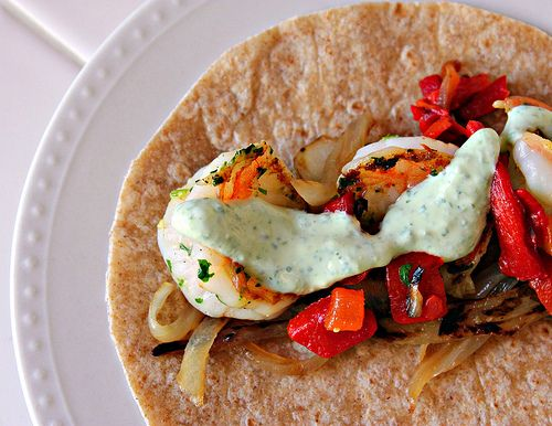 shrimp fajita with tangy cilantro lime sauce (looks so good!)