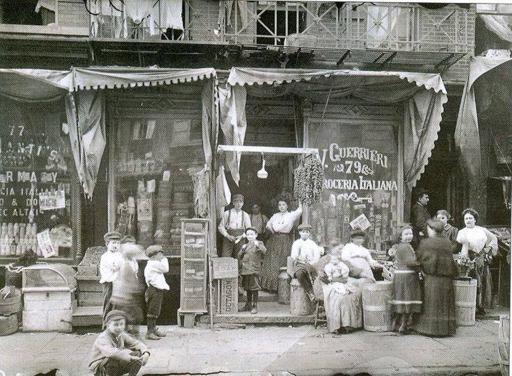 Mulberry Street 1900s - Little Italy, Manhattan
