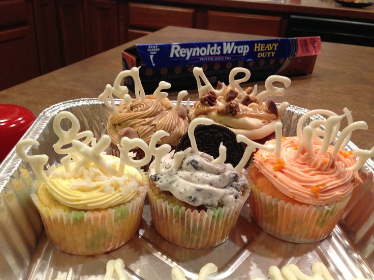 ... cupcake with vanilla cream filling and orange cream cheese frosting