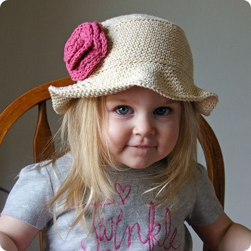 Free Knitting Pattern Baby Sun Hat : cute hat for little girls - free pattern patronen Pinterest