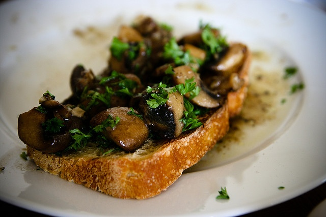 Sauteed Mushrooms with Parsley on Toast | Inspirations for Me | Vegan ...