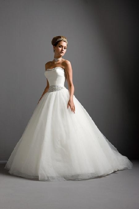 Wedding dresses justin alexander prices for Justin alexander wedding dress prices
