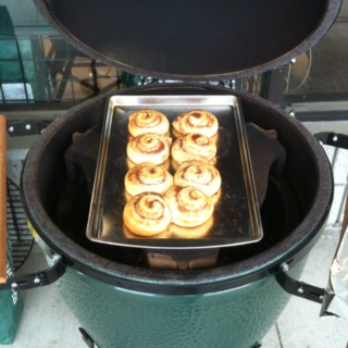 Big Green Egg Cinnamon Rolls