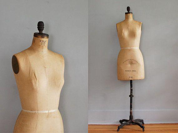 mannequin's are creepy!