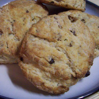 ... Loves of Grumpy's Honeybunch: TWD: REWIND to Pecan Sour Cream Biscuits