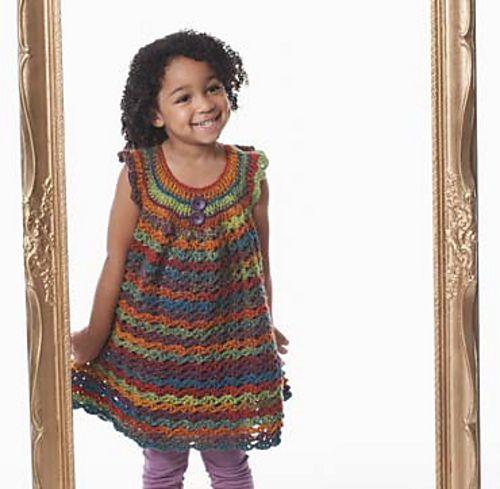 Free Crochet Little Girls Pinafore Pattern.