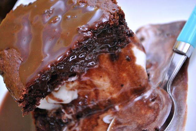 Best Hot Fudge Sauce & Hot Fudge Sundae Cakes | Something Swanky