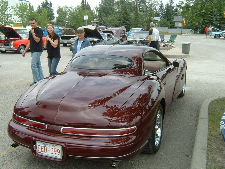 The guy who owned this car actually built it - from scratch, except for the engine. It took him 5000 hours. JN