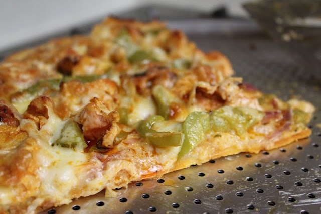 Buffalo Chicken Pizza | Recipes | Pinterest