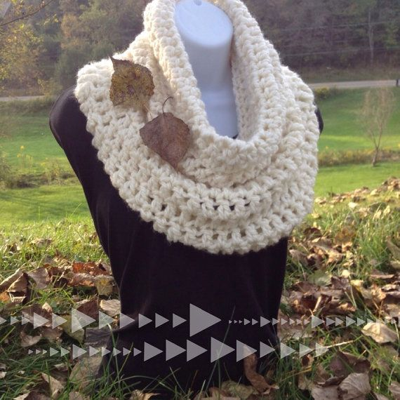 Crocheting With Thick Yarn : Crochet Cowl, Off White, Thick Chunky Yarn on Etsy, $46.00