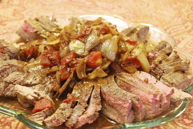 ... : Italian Flank Steak with Onions and Tomatoes in a Red Wine Sauce
