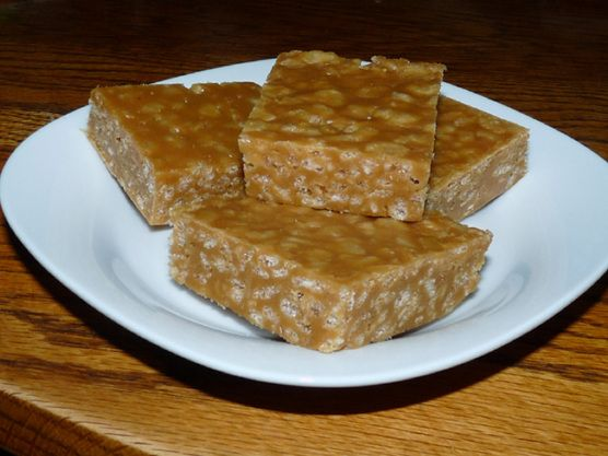 Peanut Butter Rice Krispies Bars | When I feel a little hungry... | P ...