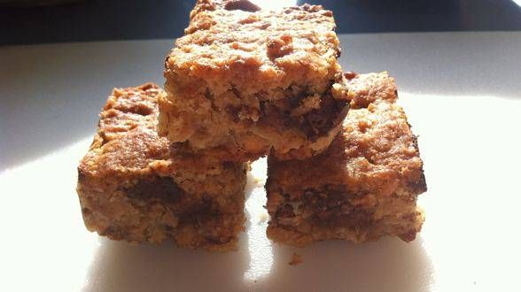 Oatmeal Chocolate Chip Bars | How Sweet It Is | Pinterest