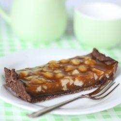 Chocolate Caramel Macadamia Tart | Yummies for the tummies | Pinterest
