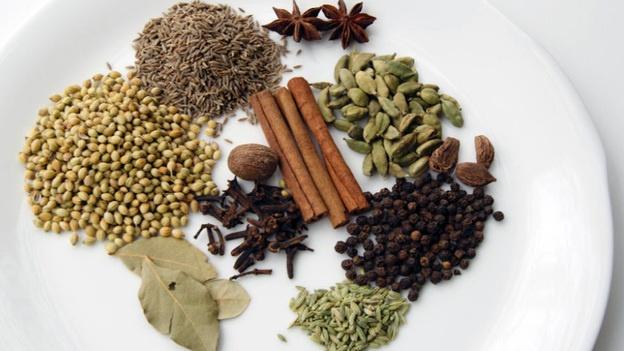 Garam Masala (warm spice mix) - a combination of cinnamon, nutmeg ...
