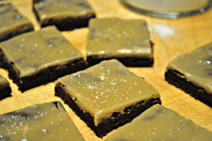 fudgy salted caramel brownies - these look amazing!