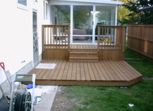 Pin by brandi baker on house ideas pinterest Small deck ideas