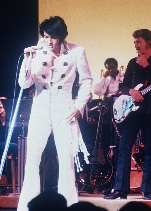 Elvis PresleyElvis Presley 1970 Concert Pictures