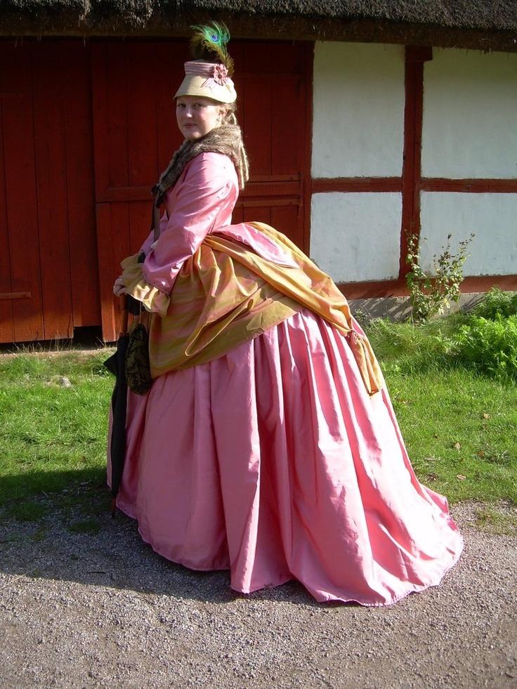 Pin by debra lawson on bustle dresses pinterest for Victorian bustle wedding dress