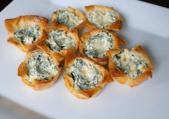 Spinach and Artichoke Phyllo cups | Cooking | Pinterest