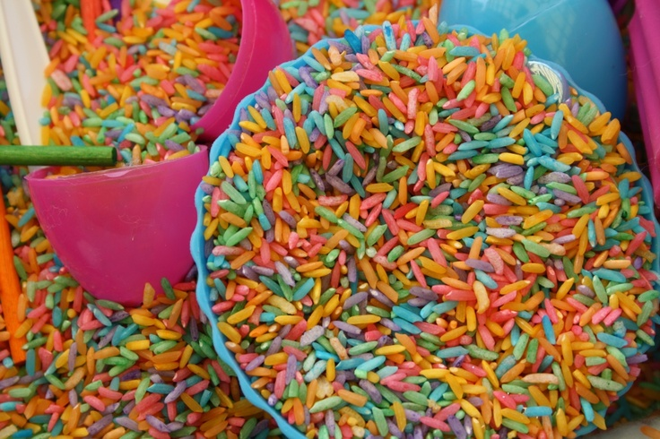 i could play with rainbow rice for DAYS, bet your kids could too!